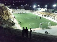 ملعب عشبي في مدينة كفرنبل بمحافظة إدلب.