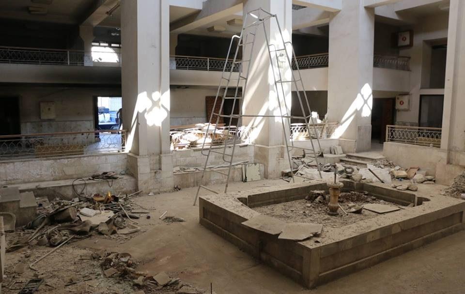 أثناء البدء بعمليات تأهيل متحف إدلب.