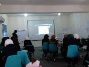 أثناء ورشة تدريبية في القيادة المجتمعية في مدينة إدلب.