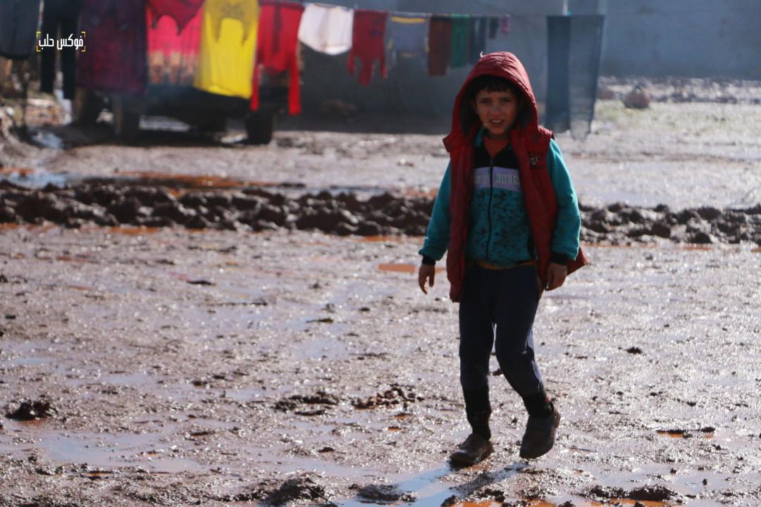 في الطريق إلى المدرسة -مخيم قرطبة 1