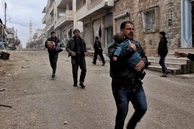 أثناء القصف على مدينة خان شيخون -أنترنيت