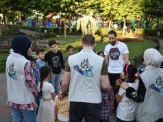 """من أعمال فريق """"لسا الدنيا بخير"""" التطوعي مع الأطفال -فوكس حلب"""