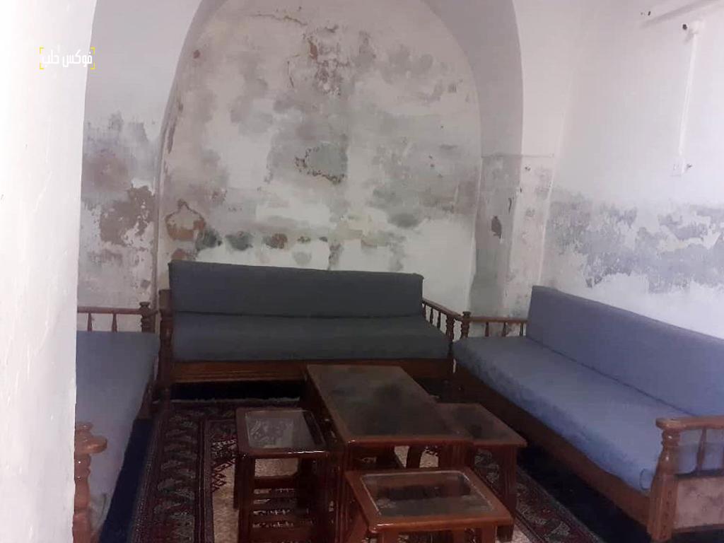 المنزل المتبقي في زاوية الوقف بالقرب من خان الشحادين