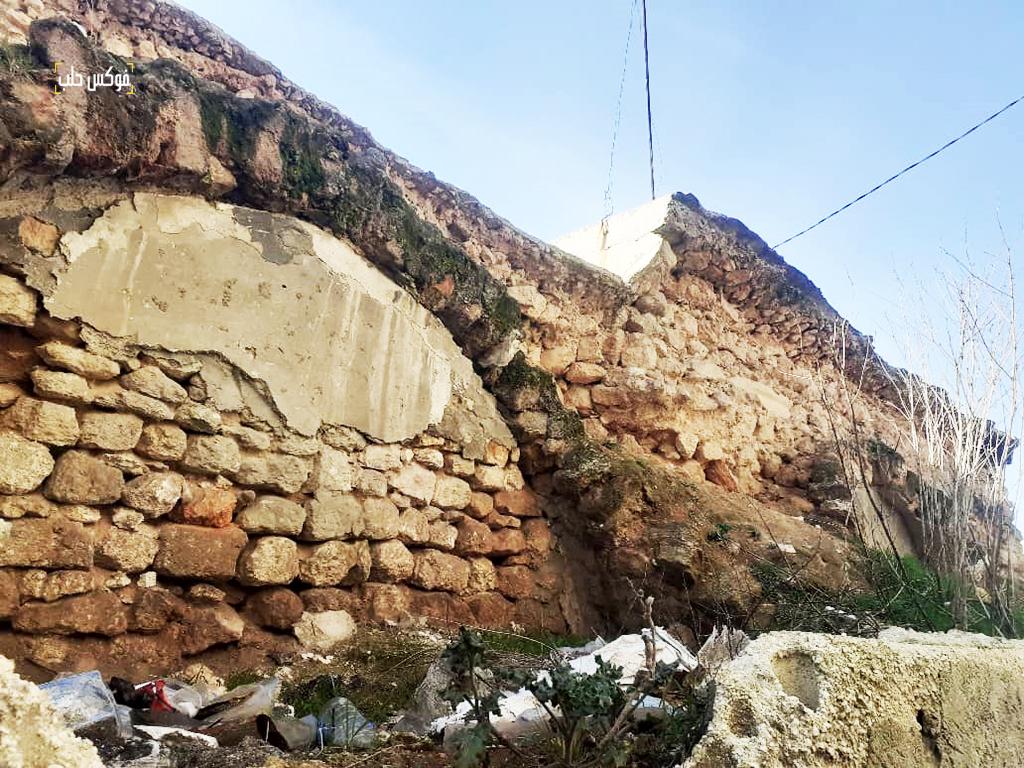 القناطر الثلاث المتبقية من خان الشحادين في إدلب