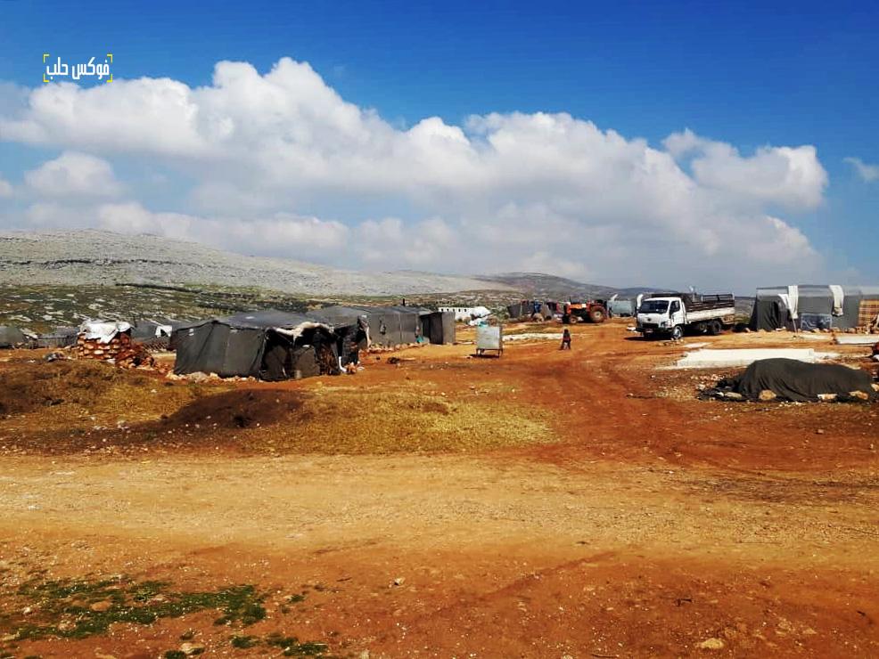 جانب من حياة السكان في مخيم الكرامة بريف إدلب