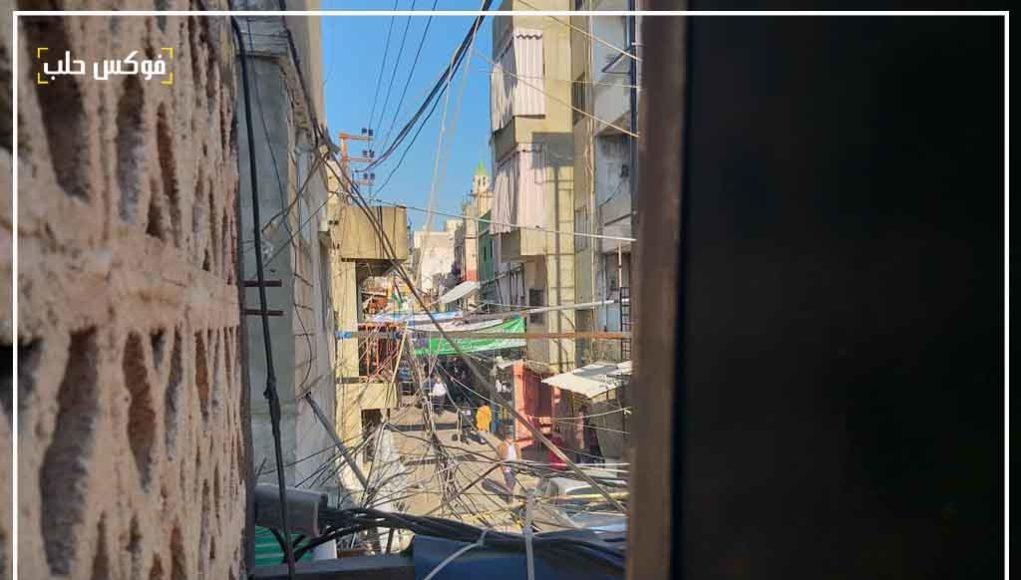 شارع في مخيم عين الحلوة بين الأزقة