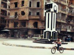 مجسم ساعة حمص في دوار الحلوانية بمدينة حلب ـ تصوير: شامل الأحمد