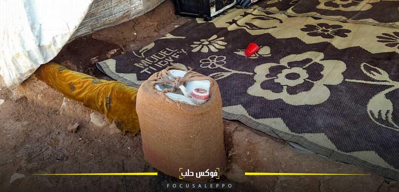 العودة إلى أساليب بدائية لتبريد المياه في مخيمات إدلب