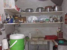 صورة المطبخ في مخيم منطقة عقربات بعد التعديل
