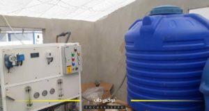 المياه المعبأة في واحد من معامل إدلب